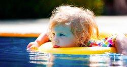 Pool_toys